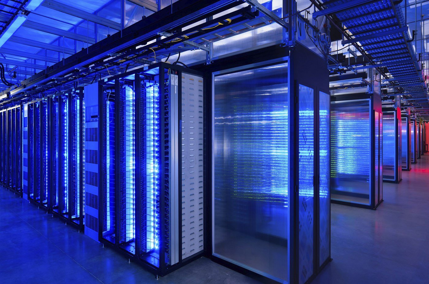 Mid-range vs. Enterprise Storage: Is Size All that Matters?