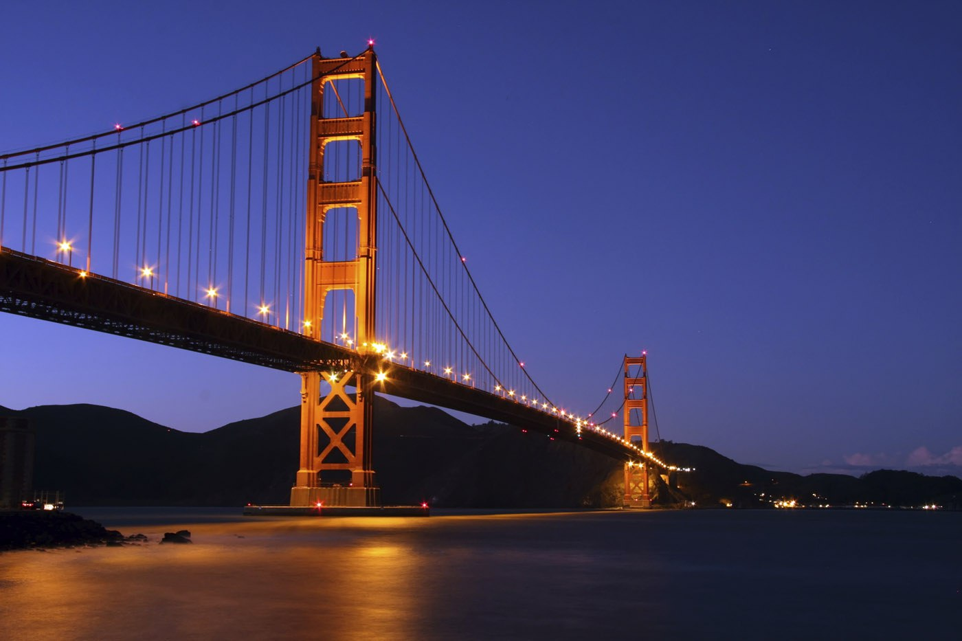 Oracle Open World: Beginning to Focus on the Middle Word (includes video)