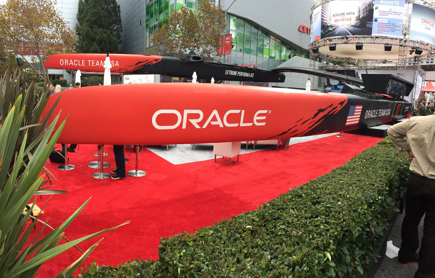 Team Oracle Tacking to Hybrid Cloud